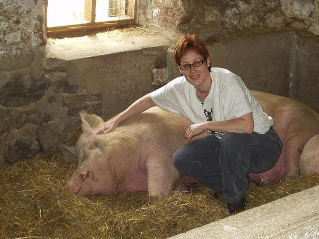 Siobhan (owner) with pig